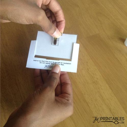 DIY Convention Badge Holders! - JW Printables